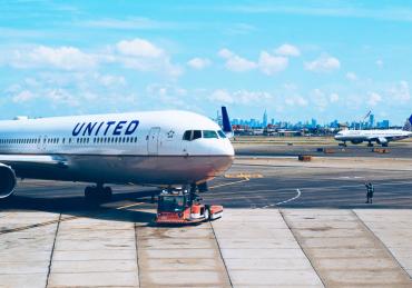 Tips & tricks când călătorești cu avionul